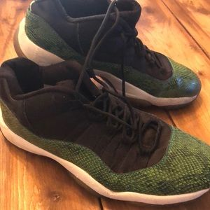 Used green  snakeskin Jordan's